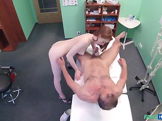Amateur recorded in secret later on problem a catch doctor's penis