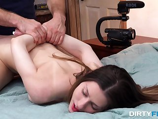 Lecherous chick Kamryn Jayde is fucked in mouth and pussy