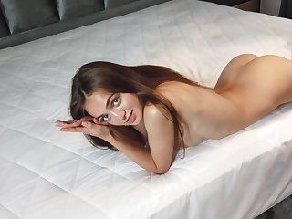 Aware of the beauty of her body Sophy likes with reference to similar to her naked body
