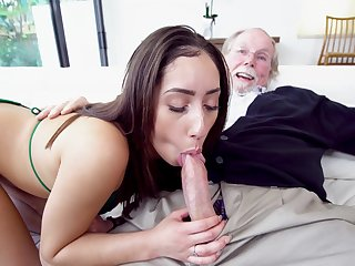 Old grandpa gets it on high with beautiful youngster Kira Perez