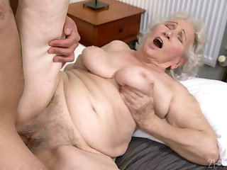 Age-old lady gets her hairy cunt drilled in ways she never experienced